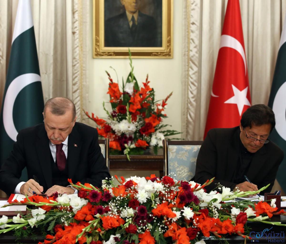 Pakistan ile 13 anlaşmaya imza attık