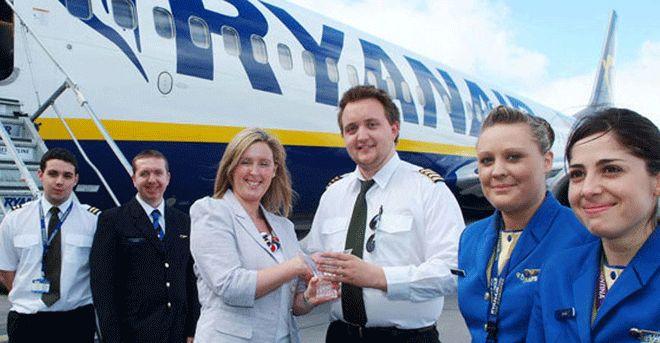 Ryanair 2 bin uçuşunu iptal edecek