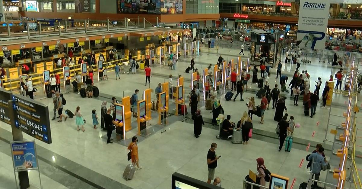 Sabiha Gökçen Havalimanı yolcularına alışverişte kazandırıyor