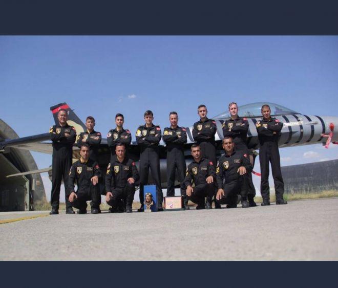Solotürk'e 'En İyi Gösteri Uçuşu' Ödülü Verildi