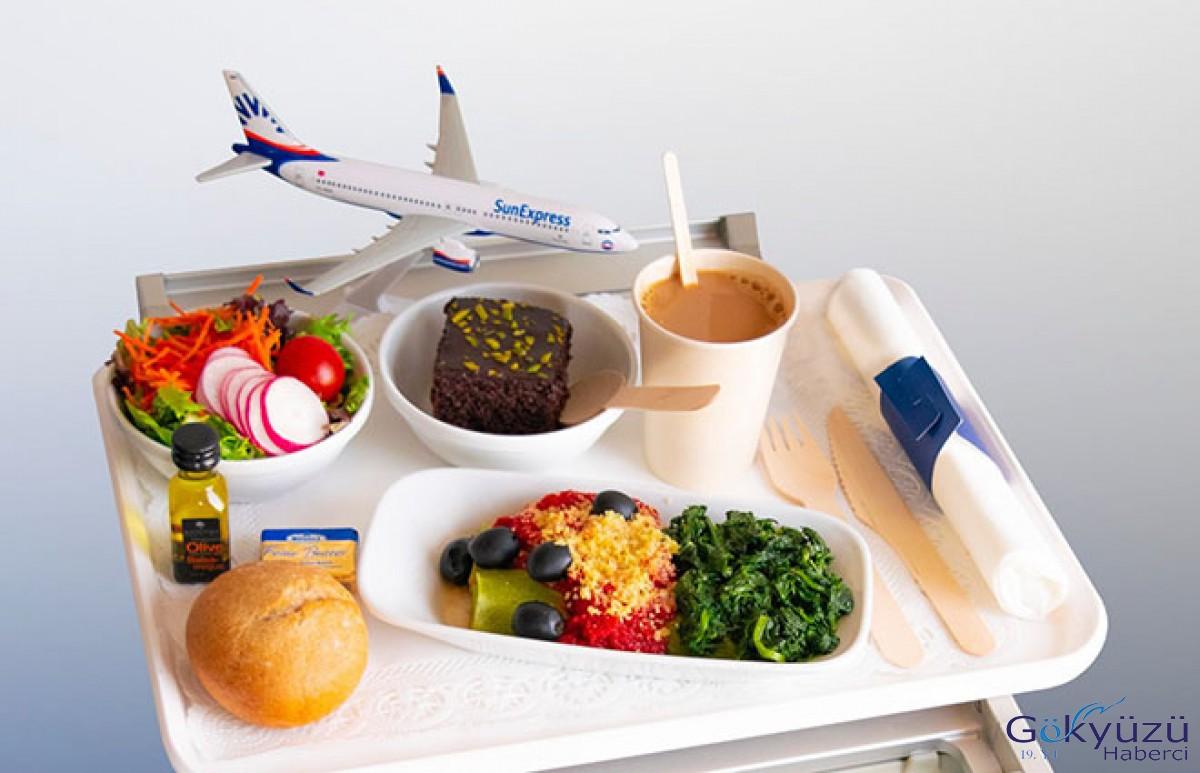 SunExpress uçakta plastik ürünleri kaldırdı!