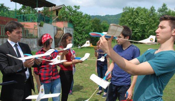 THK'nın model uçak kursu tamamlandı