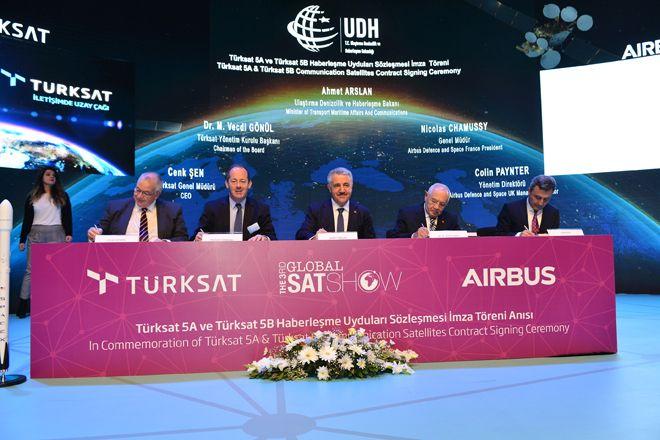 Türksat 5A Ve 5B Uyduları İçin İmzalar Atıldı