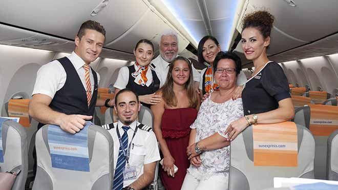 Uçakta doğan Jasmine'e SunExpress'ten büyük sürpriz!