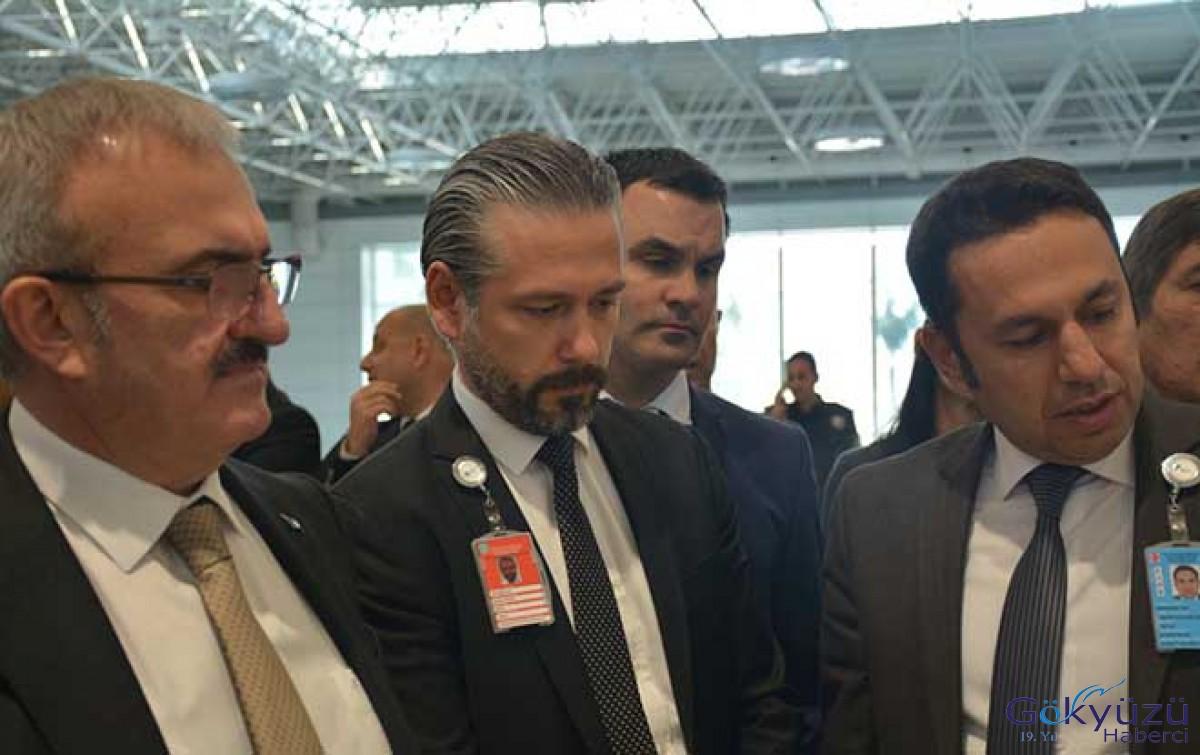 Vali Karaloğlu Antalya Havalimanı'nı ziyaret etti!