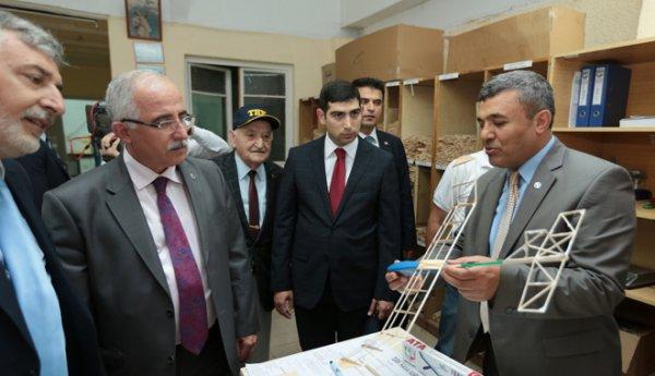 Valis Tuna,THK Türkkuşu İnönü Eğitim Merkezi'ni ziyaret etti.