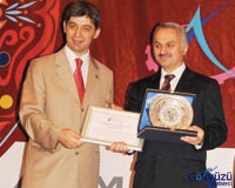 Mçf yönetimi yılın başarılı kurum yöneticisi ödülünü