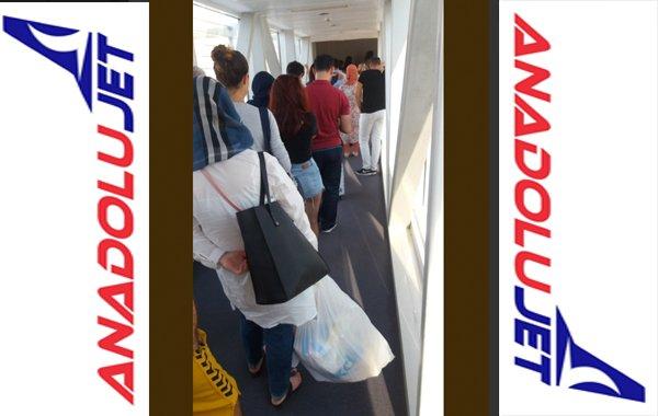Yolcuların canına tak etti, Anadolujet Özür Diledi...