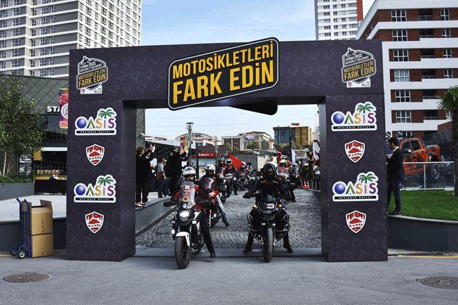 Yüzlerce motosikletli bir araya geldi!