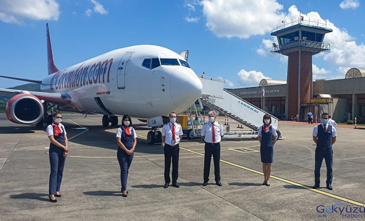 Zonguldak Çaycuma Havalimanı'na inen ilk Boeing 737-800